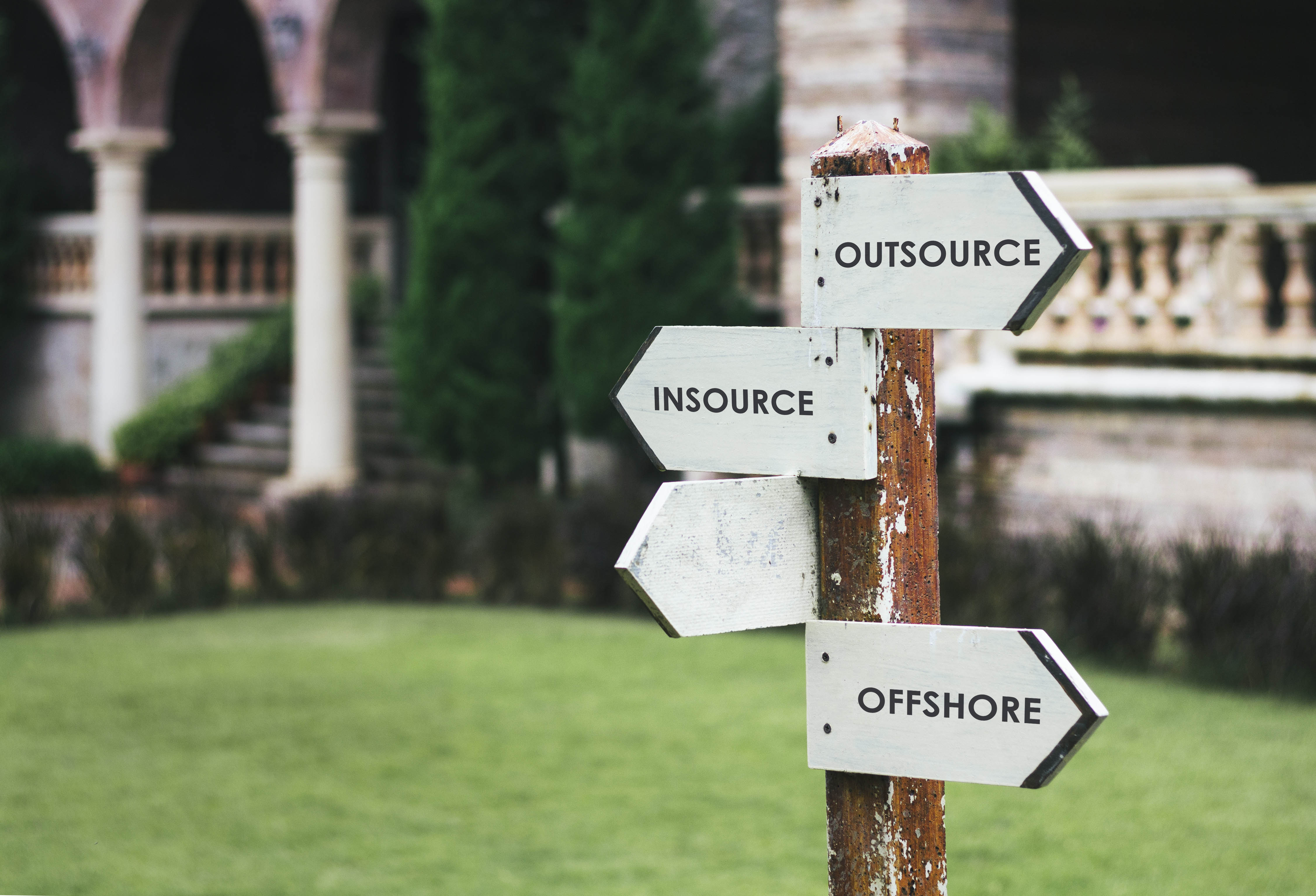 Insource vs Outsource: Which is the right way to scale your company?